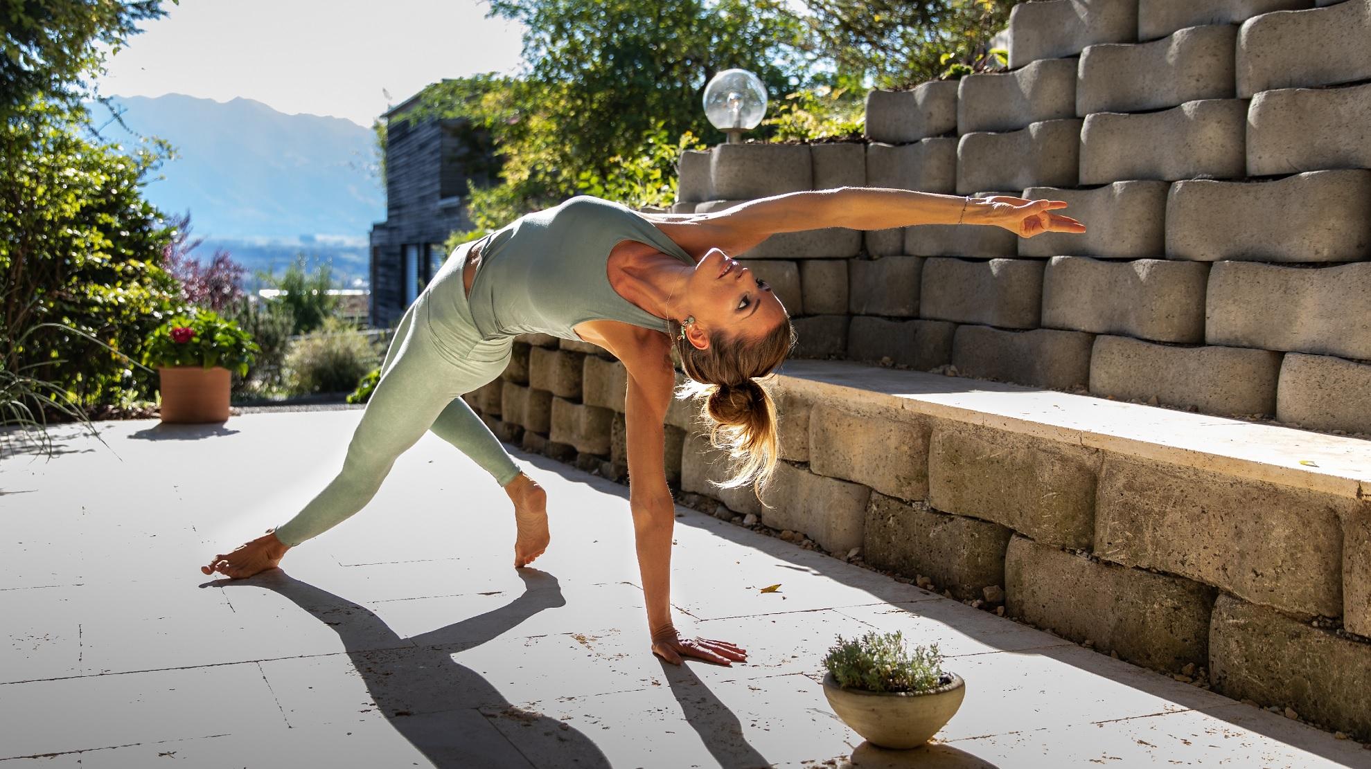yoga-praxis-thun-von-aussen